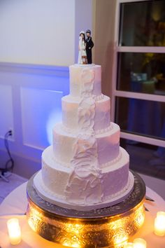 Snowboard Inspired Winter Wedding