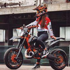 (notitle) - Motorcycles - Motorräder etc. Ktm Supermoto, Enduro, Ktm Dirt Bikes, Cool Dirt Bikes, Stunt Bike, Motorcross Bike, Motorcycle Bike, Lady Biker, Biker Girl