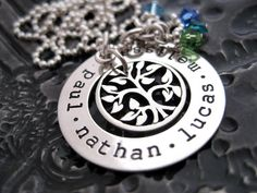 Beautiful family tree necklace! Love it!