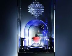 Lancôme collaborates with Reuge and Baccarat to create an ultra-limited La Vie est Belle edition fragrance