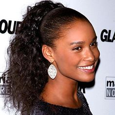 Afro Hairstyles 2016 have been sported by both men and women. Read ahead to know about Afro Hair styles 2016 in women this year! Black Ponytail Hairstyles, Sleek Hairstyles, Afro Hairstyles, Black Women Hairstyles, Pretty Hairstyles, Curly Ponytail, Types Of Hair Extensions, Synthetic Hair Extensions, Hair Styles 2014