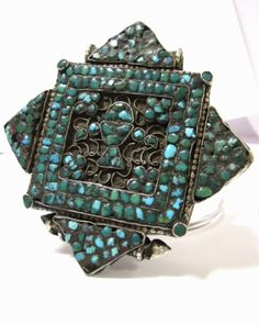 Antique-Tibetan-Mixed-Metal-Turquoise-Ghau-Gau