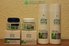 Aloe Vera Temel Yüz Bakım Seti LR serisinin içinde sizlere önereceğimiz en önemli ürünlerden biri de Aloe Vera Temel yüz bakım seti olacaktır. Aradığınız tüm özellikleri ve ürünleri bir arada buluyor olacaksınız. Doğal olarak içinde en doğru vitaminler ile zenginleşen ve en etkili içerikler ile sunulan bu temel bakım ürünleri ile farkı sizlerde kullandıktan çok