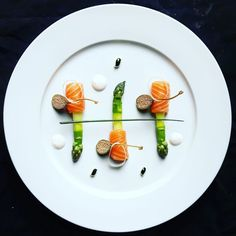 Images of sashimi platter designs - Food Design, Food Plating Techniques, Michelin Star Food, Fish Dishes, Culinary Arts, Food Presentation, Food Photo, Food Styling, Gourmet Recipes