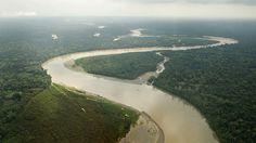 El río Manu es un río del sureste del Perú, afluente del río Madre de Dios. Nace en las laderas orientales de la cordillera de los Andes, en la cuenca del Amazonas, y discurre por la Reserva de la biosfera, hogar de una de las mayores concentraciones de diversidad biológica.