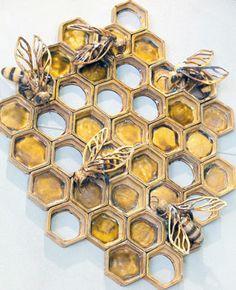 Bee art~exquisite!