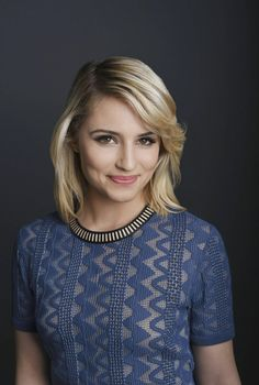 Diana Agron as Catarina Loss (while Blue w/ white hair) Quinn Fabray, Beautiful People, Beautiful Women, Actrices Sexy, Girl Celebrities, Celebrity Moms, Glee, Woman Crush, Beautiful Actresses