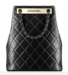 A Chanel handbag is anticipated to get trendy. So how could you get a Chanel handbag? Chanel 2015, Coco Chanel, Chanel Handbags, Fashion Handbags, Purses And Handbags, Fashion Bags, Fashion Accessories, Chanel Bags, Prada Purses