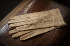 Merola Peccary Gloves