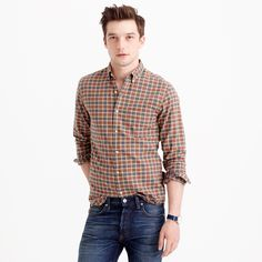 Crew for the Slim oxford shirt in olive plaid for Men. Find the best selection of Men Shirts & Tops available in-stores and online. J Crew Men, Slim Man, Cashmere Sweaters, Mens Suits, Casual Shirts, Men Casual, Menswear, Plaid, Mens Fashion