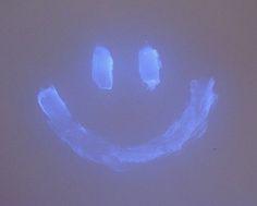 Vaseline jelly glows in dark