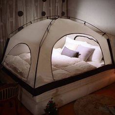Deryan Bett-Zelt, Schwarz
