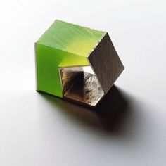 Giampaolo Babetto green stone ring - would hang on chain, looks like it might hurt on finger!