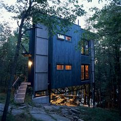 Playfully christened La Tour des Bébelles, architects André Lessard and Barbara Dewhirst's three-story, steel-framed tower has shown itself to be the ideal summer retreat: secluded, perfectly positioned near Ontario's Otter Lake, and encouraging of its inhabitants to spend time outdoors.