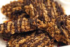 Deze glutenvrije havermoutkoekjes zijn dan ook een veel beter alternatief, want van gezonde koekjes worden we allebei blij! 5 ingrediënten nodig en zo klaar