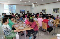 http://ionyang.com/default/index_view_page.php?part_idx=3&idx=59972 하나님의교회(안상홍증인회) 이웃사랑 봉사활동 ☆ 배방 주민 이웃초청잔치