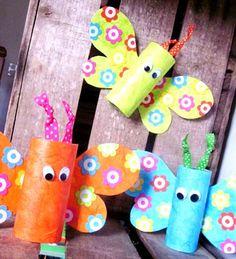 Papillons Récup en rouleaux de carton, bricolage pour les enfants.