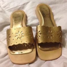 Pretty Gold Sandals Slide Ins