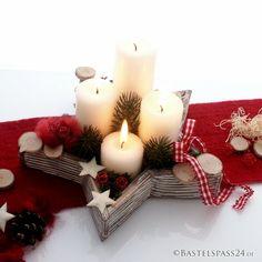 Adventsgesteck rot weiß im Landhausstil,eine trendige Adventsschale mit vier Kerzen, Karobandund Naturdeko Besonders schön ist der Holzstern ca 25 cm breit, der