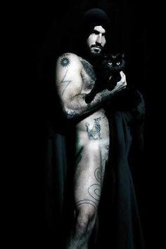 Male witches aren't very visible in the Wiccan community, and few and far between are the truly sexy representatives of the breed