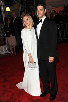 Party Hopping: The Metropolitan Museum of Art's 2009 Costume Institute Gala
