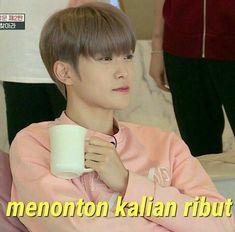 [✓] Squad Milkita Rasa Line} Memes Funny Faces, Funny Kpop Memes, Exo Memes, Cute Memes, Funny Sms, Foto Meme, Image Meme, K Meme, Meme Stickers