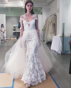 Monique Lhuillier Bride (@moniquelhuillierbride) • Fotos y vídeos de Instagram