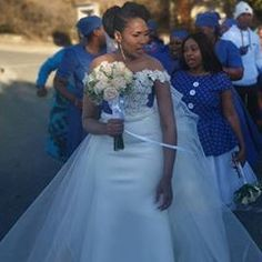 Antherline Couture (@antherline) • Instagram photos and videos African Wedding Dress, Wedding Dresses, Africa Dress, African Wear, Trendy Tops, Slim Legs, Wedding Styles, Latest Fashion, Flower Girl Dresses