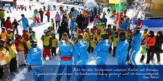 Ein weiser Spruch: der moderne #Skifahrer trägt Helm – daher werden unsere Kids kostenlos mit Sicherheitsweste, Helm und einem Sicherheitsparcours auf das #Skierlebnis vorbereitet. Skiing, Modern, Learning, Skiers, Ski, Trendy Tree, Studying, Teaching, Onderwijs