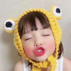 Cute Baby Meme, Cute Baby Girl, Cute Babies, Kids Girls, Little Girls, Cute Chibi, Little Girl Fashion, Cute Kids, Crochet Hats
