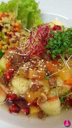 Gnocchi mit Steckrüben-Karotten-Sauce und Granatapfel - vegetarisch