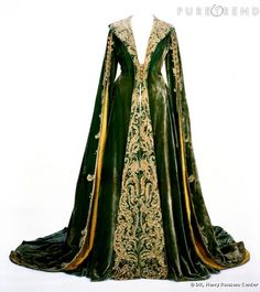 Gone With The Wind dressing gown. how crazy is it that this was one of my favorite costumes from the movie and I really really want this dressing gown?