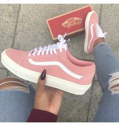 6dcb8359f2ef9b Vans Old Skool Suede Limited Edition. The color is spot on