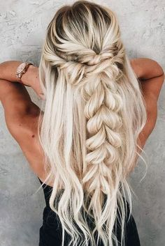 Braided Half-Up Half-Down ? Discover trendy easy summer hairstyles 2019 here. We have pretty ideas for long, short, : Braided Half-Up Half-Down ? Discover trendy easy summer hairstyles 2019 here. We have pretty ideas for long, short, and for medium hair. Easy Summer Hairstyles, Cute Braided Hairstyles, Wedding Hairstyles For Long Hair, Box Braids Hairstyles, Braids For Long Hair, Cool Hairstyles, Hairstyle Wedding, Fashion Hairstyles, Hairstyle Ideas