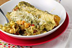 OMG the recipes on this blog look SO YUMMY. This one is Green Goddess Enchiladas. I'm not sure if it's all vegetarian but from what I saw I didn't see any meat!