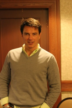 John Barrowman Speaks With CBT At The Calgary Expo - Comic Book Therapy