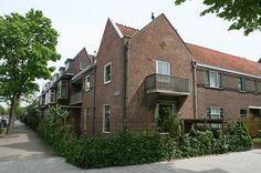 Jaren 30 hoekwoning. Meester Cornelisstraat (Haarlem)