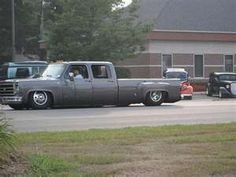Slammed, lowered crew cab chevy dually