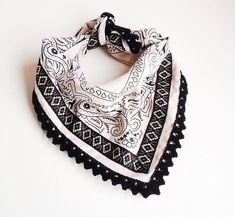 Bandana Choker, Dog Wear, Bandana Print, Tribal Fashion, Neck Scarves, Pet Clothes, Rock Style, Festival Outfits, Baby Accessories