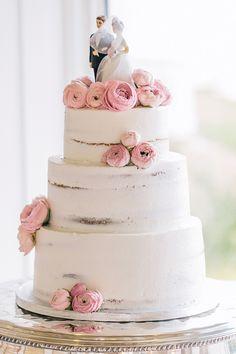 birch bark cake   Vue Photography #wedding
