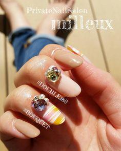 . . 右手には、DOUBLE180とBOUQUET♡ . 左手と右手 どっちがお好み??(๑ºั ³ ˘๑)♡ . . #milleux#Nail#Hand#Sasebo#Nagasaki#ミルー#ネイル#ハンド#佐世保#長崎 . . #ABGEL #ABTOP #airbrush #DOUBLE180 #BOUQUET . #ABconciergeNo.13