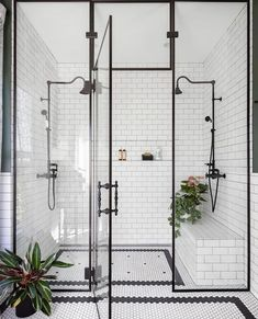Home Interior Design black and white bathroom walk in shower with built in seat.Home Interior Design black and white bathroom walk in shower with built in seat Bad Inspiration, Bathroom Inspiration, Bathroom Inspo, Shower Bathroom, Master Shower, Shower Tiles, Cool Bathroom Ideas, Subway Tile Showers, Master Bath Shower