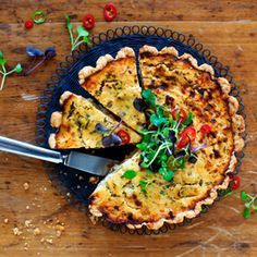 Hellän tulinen broileripiirakka Quiche, Breakfast, Food, Morning Coffee, Essen, Quiches, Meals, Yemek, Eten