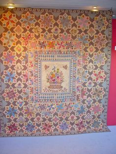 I promised you more Di Ford quilt pictures . Here they are: The center piece of her Phebe quilt, one of my favorites! Look at...