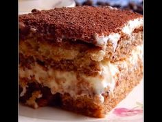 Tiramisú Tiramisu based on Vanilla (sponge cake), Coffee and Mascarpone Cheese. Sweet Recipes, Cake Recipes, Dessert Recipes, Köstliche Desserts, Delicious Desserts, Tiramisu Original, Tiramisu Cake, Almond Cakes, Homemade Cakes