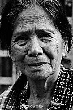 Résultats Google Recherche d'images correspondant à http://www.deviantart.com/download/157405502/The_Old_Face_of_Toraja_by_ullamaron110384.jpg