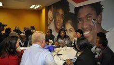 Accélérer le rêve africain : Le potentiel du business model d'incubateur d'entreprises   Next-Afrique