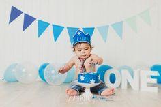 Sesión de bebé primer cumpleaños smash cake en estudio en barcelona (14)