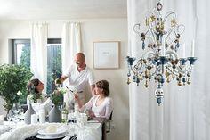 Produkte von Echt Erzgebirge elegant in Szenen gesetzt.  In Zusammenarbeit mit Gunter Springsgut.