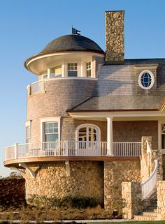 Incredible Beach House- looks like a tidal wave couldn't budge it!